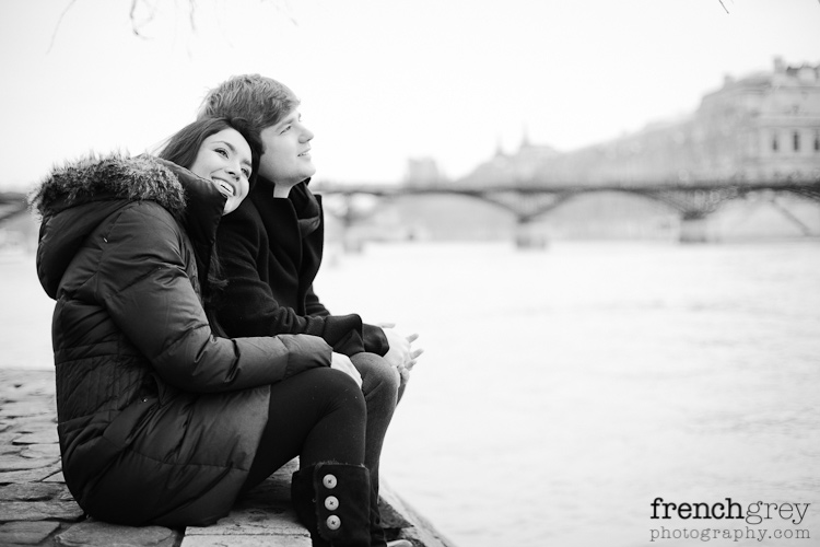 Engagement Paris French Grey Photography Valery 010
