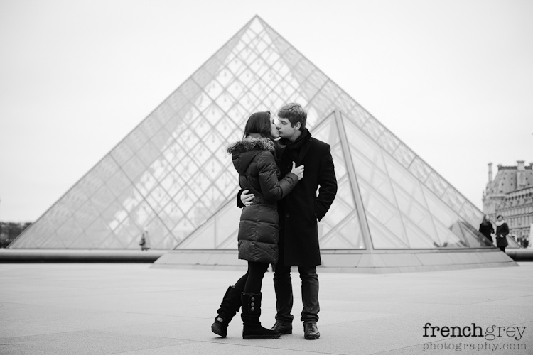 Engagement Paris French Grey Photography Valery 020