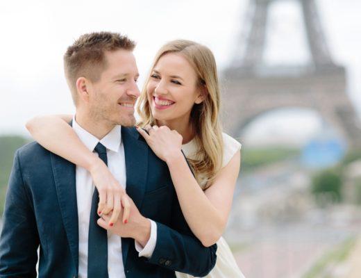Paris photographer engagement
